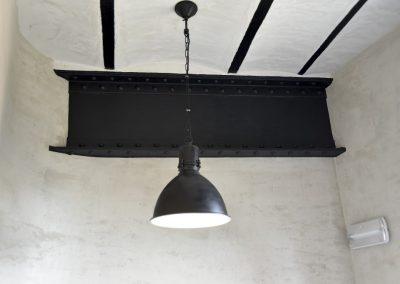 Jack-op lofts Werchter plafond met lamp
